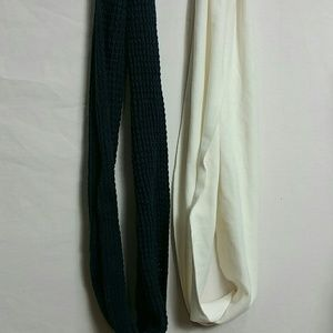 Old navy /Unknown new Bundle of two Circle Scarves